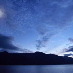 中禅寺湖・戦場ヶ原・奥日光湯元温泉から望む月