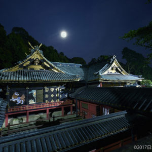 日本平から望む月