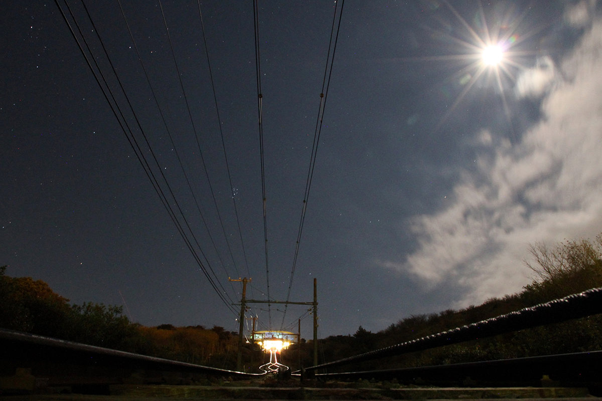 十国峠から望む月